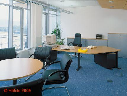 Gewerbe und Büro Empfangsmöbel von der Schreinerei Objektpool München Haar. 2