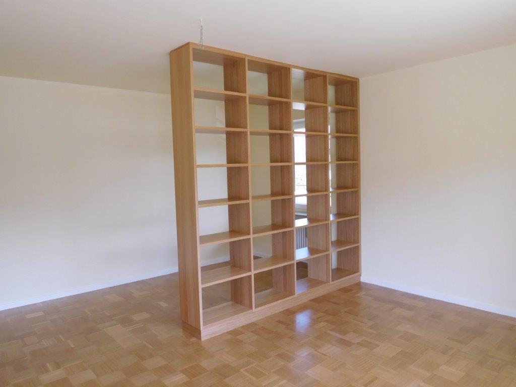 Heim und Haus, Individuelle Möbel, Einbauregal, Raumteiler Eiche natur. Schreinerei München-Haar Wohnzimmer Möbel